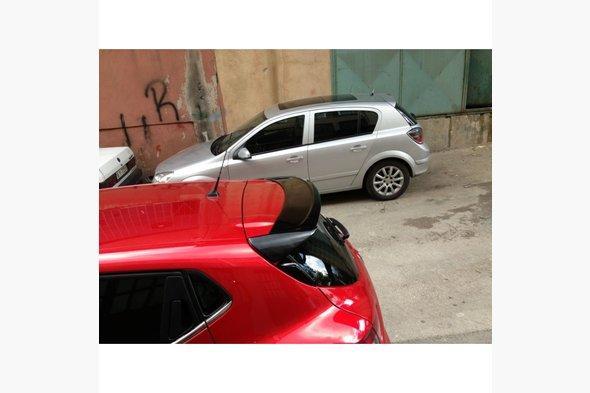 Спойлер (под покраску) Renault Clio IV 2012↗ гг.