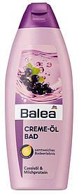 Крем-пена для ванны Balea с черной смородиной и молочным белком 500мл