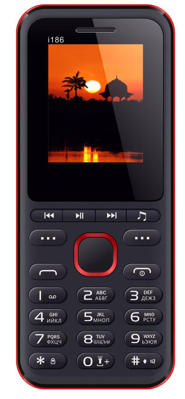 Кнопочный мобильный телефон Nomi i186 Black+red