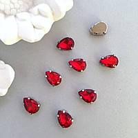 Капли 10х14 мм. Цвет: Красный. Кристаллы в цапах. Стразы в оправе.