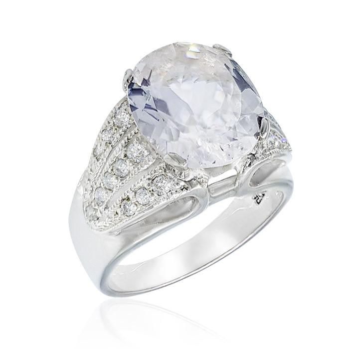 Кольцо серебряное с морганитом (гошенит) 014 размер 17