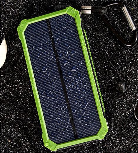 Акумулятор вологостійкий Power bank TL-10WPD Tollcuudda 10000 mAh з сонячною панеллю, ліхтарем, зелений