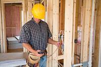 Монтаж электропроводки, монтаж электропроводки в квартире и частном доме
