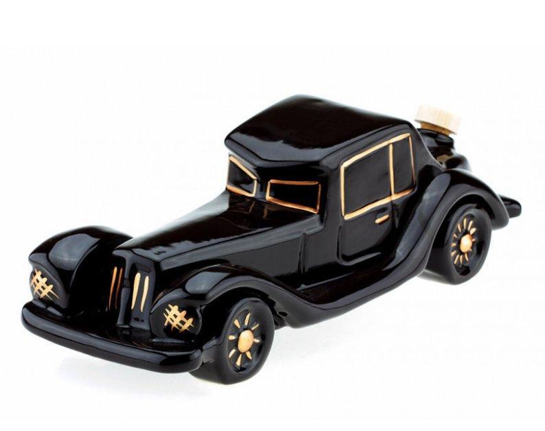 Ретроавтомобиль - набор для спиртного в виде старинного шикарного авто