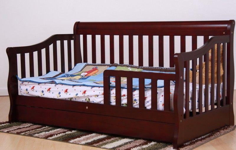 Дитяче ліжко з дерева «Олюся»