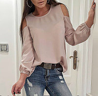 cde94e00fd1 Шелковая блуза с вырезами на плечах