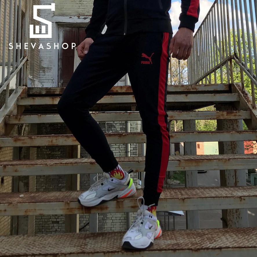 Спортивные штаны в стиле Puma черные с красным лампасом