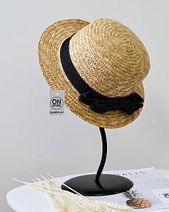 Стильная женская летняя соломенная шляпа канотье с лентой черного цвета