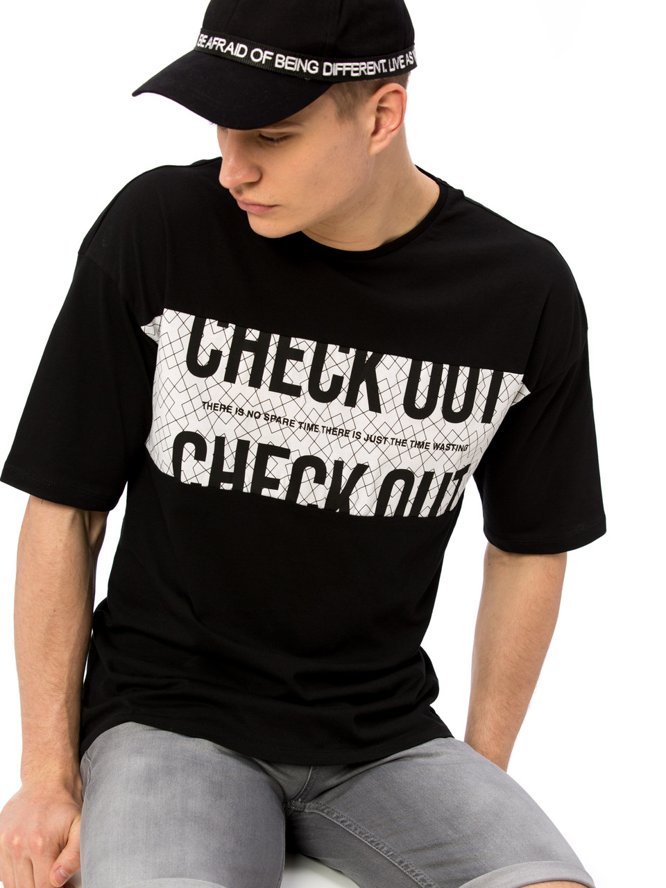 Черная мужская футболка LC Waikiki / ЛС Вайкики с надписью CHECK OUT