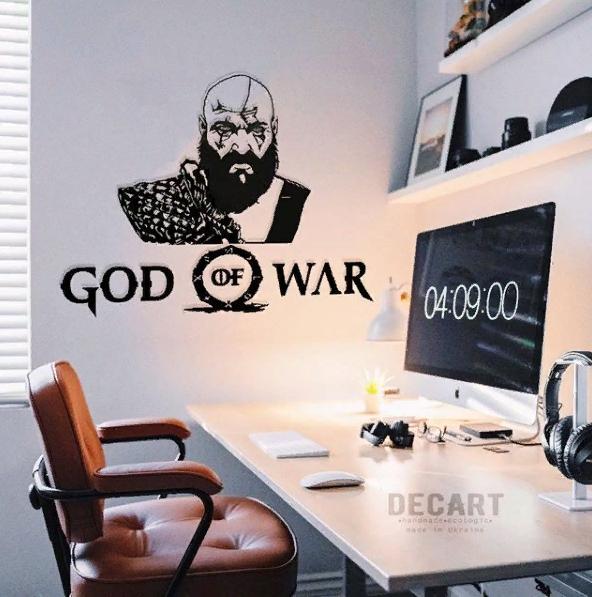 Декоративное панно из дерева God of War