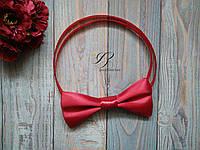 Бордовая бабочка галстук атласная Марсала