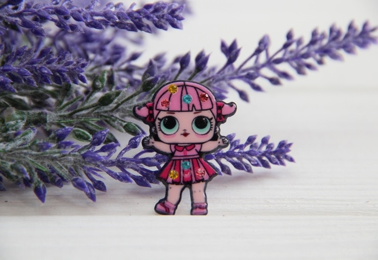 "Кабошон плоский  № 6 с камушками  ""  Куклы Lol  :   Cheer captain   ""   розовый"