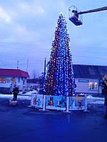 Иллюминация, новогоднее оформление, гирлянды, хвоя