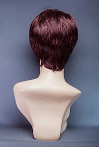 Короткий парик №18. Цвет баклажановый