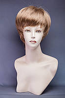 Короткий парик №18. Цвет светло-русый холодный