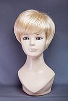 Короткий парик №18. Цвет классический блонд