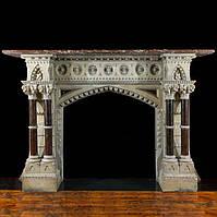 Античный мраморный портал в готическом стиле