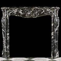 Античный мраморный портал в стиле рококо Людовика XV