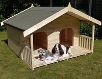 Собачья будка деревянная
