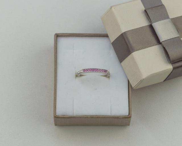 Кольцо серебро с розовым сапфром