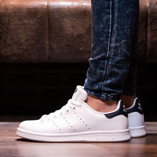 Мужские кожаные белые кроссовки в стиле Adidas Stan Smith White Black(Реплика ААА+)