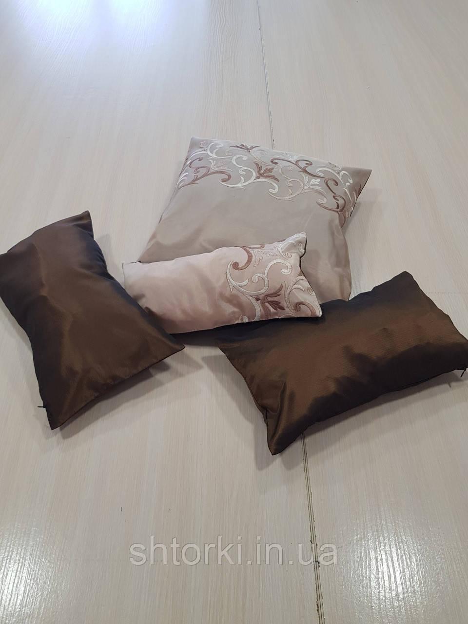 Комплект подушок шоколадні і бежеві з горизонтальним візерунком, 4шт