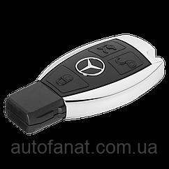 Оригинальная флешка в форме ключа Mercedes USB-Stick 4 GB Capacity (B66956222)