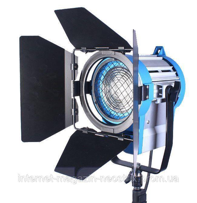 Студийный постоянный свет 650W 3200K F&V SP-650D