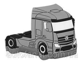 Оригинальная флешка Mercedes-Benz Trucker USB-Stick, 4 GB (B67870153)