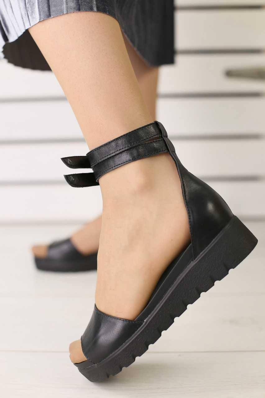 Босоножки женские из натуральной кожи молодежные модные на высокой платформе черные