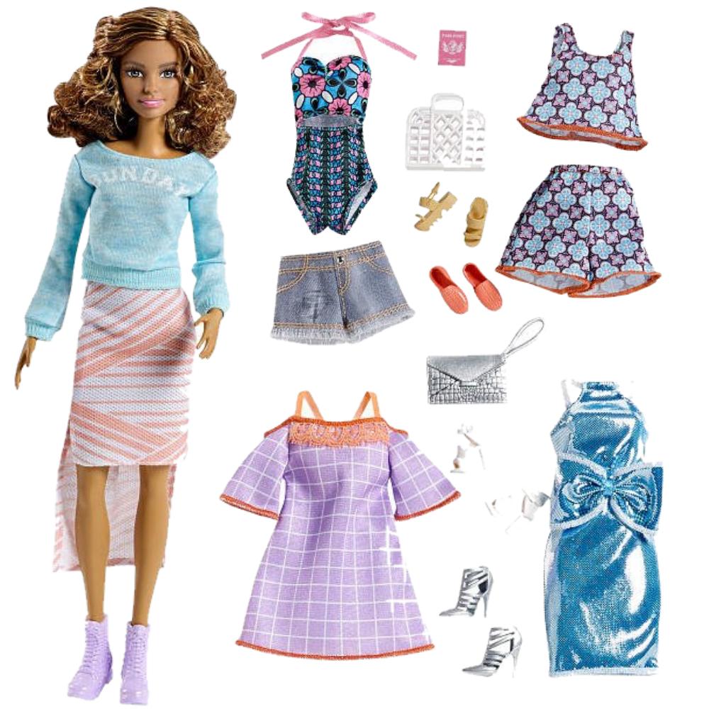 Подарочный набор кукла Barbie с набором одежды / Barbie Pink Passport Fashion Set - Brunette