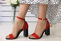 Велюровые женские босоножки модные яркие стильные на высоком каблуке в красном цвете, фото 1