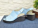 Босоножки женские кожаные на платформе, цвет голубой, фото 4
