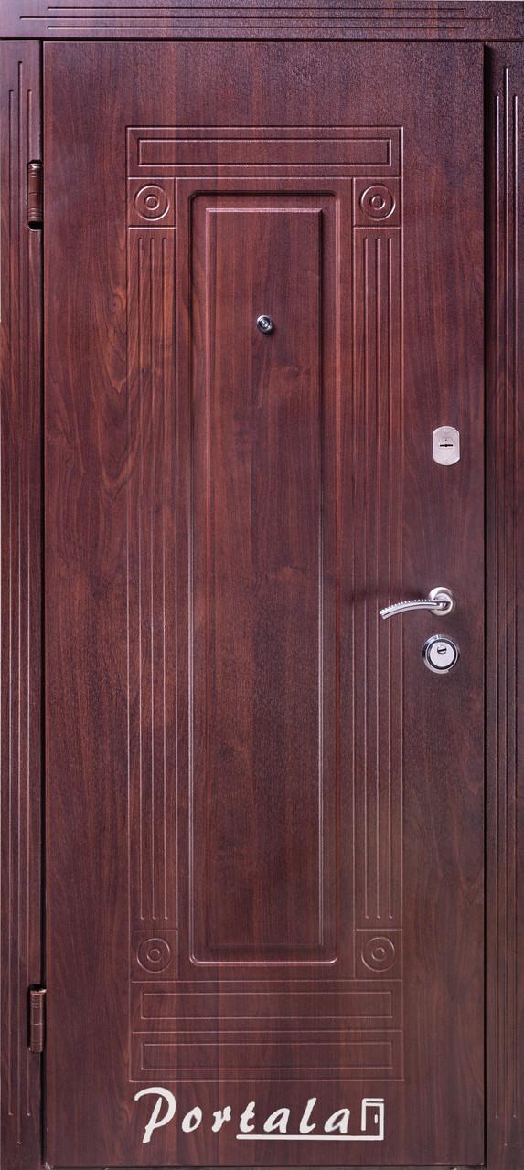 """Входная дверь """"Портала"""" (серия Стандарт) ― модель Гарант"""