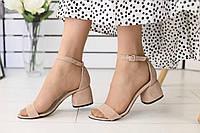 Босоножки женские замшевые классика модные стильные на низком каблуке в бежевом цвете, фото 1