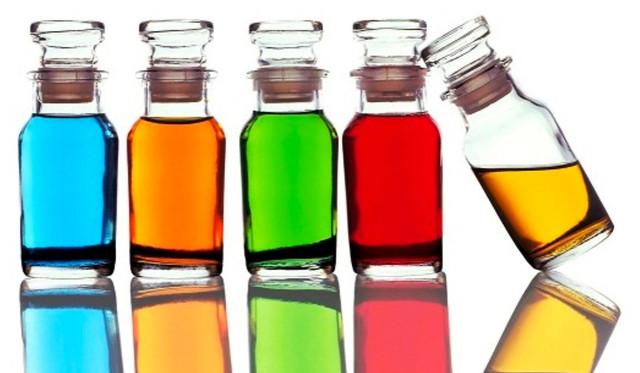 Изображение набора красителей для окрашивания эпоксидной смолы