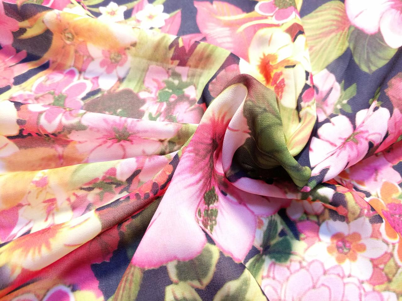 Шифон рисунок летний букет, розово-зеленый