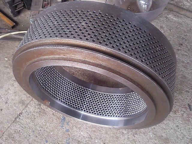 Изготовление матриц и роликов для грануляторов различных производителей