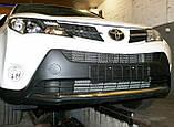 Декоративно-защитная сетка радиатора Toyota RAV4 2013- бампер, фото 5
