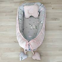 Детский кокон позиционер с подушечкой для новорожденных розовый единорог, фото 2