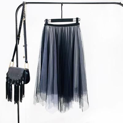 Женская длинная плиссированная юбка из фатина Градиент серая