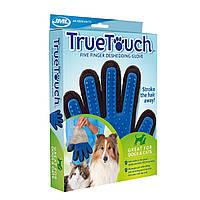 """Перчатка для вычесывания шерсти животных """"True Touch"""""""