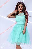 Нарядное платье мини юбка расклешенная без рукав с поясом мятного цвета