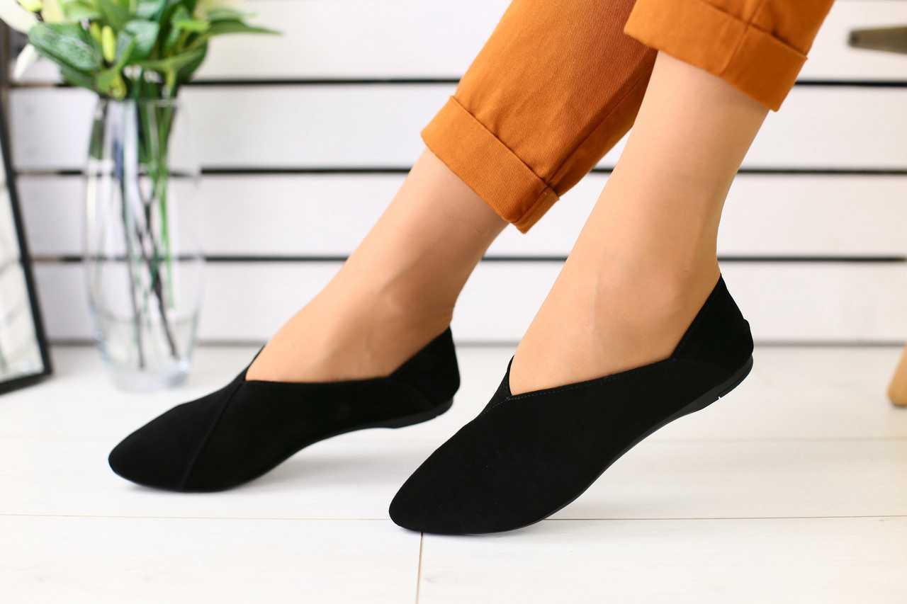 Женские туфли-алладинки на лето замшевые классические модные удобные в черном цвете
