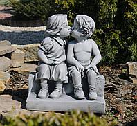 Садовая скульптура Целующиеся мальчик и девочка 34*24.7*39.5 cm SS0848-16 цвет серый. , фото 1