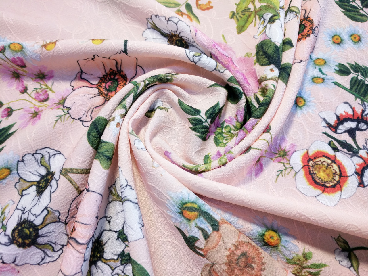 Жаккард креповый нарядный цветочная сказка, пудра