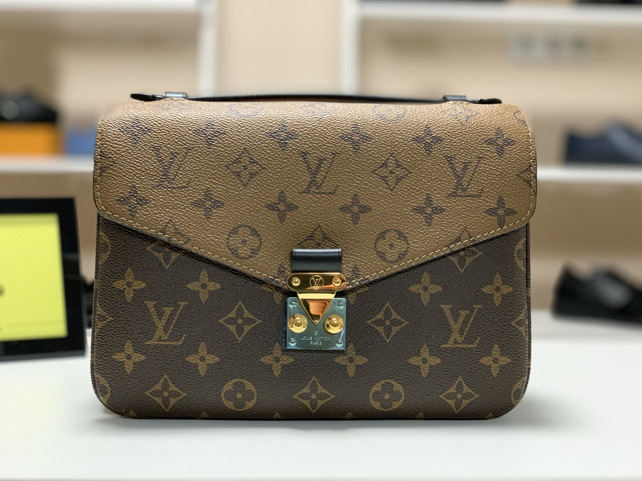 64d65f9e4501 Женская сумка Louis Vuitton Pochette Metis, цена 7 990 грн., купить ...