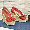 Кожаные красные женские босоножки на высокой платформе от производителя, фото 3