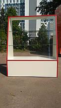 Стеклянная торговая витрина., тумбочка из ДСП.