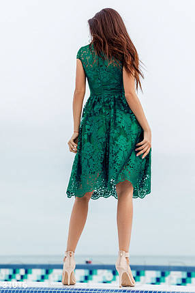 Стильное платье миди с пышной юбкой короткий рукав кружевное изумрудного цвета, фото 2
